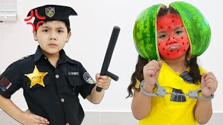 Annie and Sammy Pretend Play Funny Watermelon Fictional Story for Kids