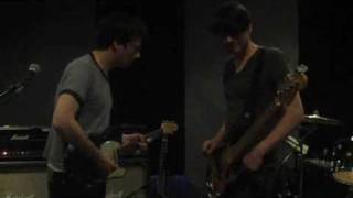 EXCLUSIVE! Blur rehearse Mellow Song for their 2009 tour (Official Video)