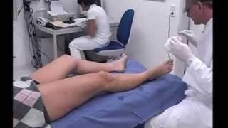 Krampfadern - Untersuchung - Behandlung Teil 3/3(Behandlung von Krampfadern; Venenleiden behandeln; Behandlung erkrankter Venen; Behandlung von Besenreisern; Schaumverödung/Sklerosierung ..., 2010-01-11T12:31:21.000Z)
