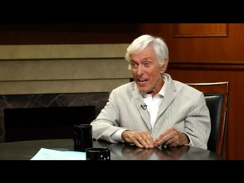 Dick Van Dyke Opens Up About Mary Tyler Moore's Health | Larry King Now | Ora.TV