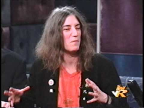 Patti Smith  - Conan 1999