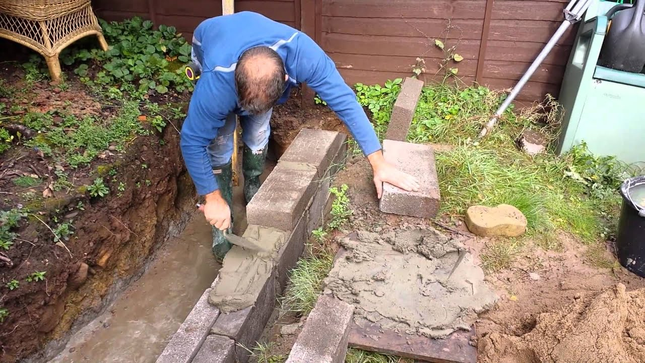 How To Build A Concrete Block Wall Youtube