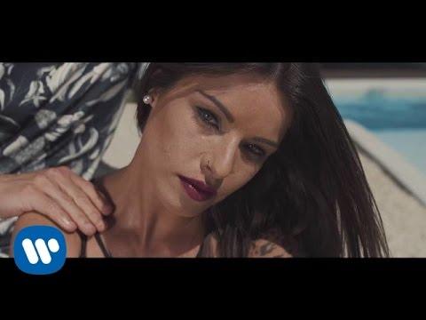 Marango - Mala (feat. Rasel) (Videoclip Oficial)