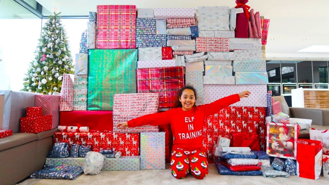 Tiana And Family Opening Christmas Presents 2018 Special