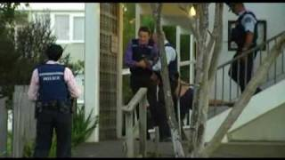 MAN PUSHED TO DEATH GLEN INNES NEW ZEALAND.flv