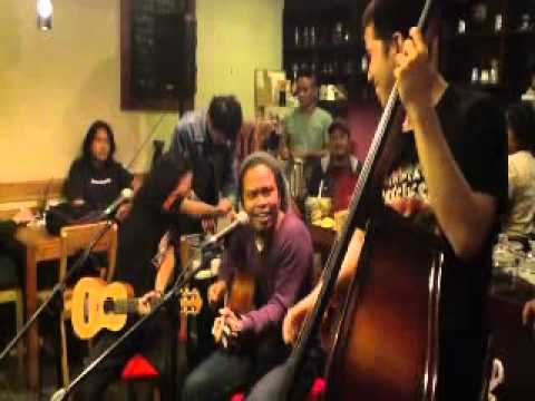 Payung Teduh - Waiting in Vain