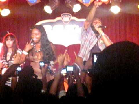 "Foxy Brown feat. Spragga Benz - ""Oh Yeah (Live at B.B. King's) 7/25/10"