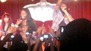 "Foxy Brown feat. Spragga Benz - ""Oh Yeah (Live at B.B. King"