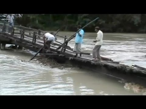 Floods in northeast India leave 30 dead