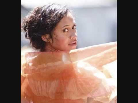 Angel Coulby - Beautiful.wmv