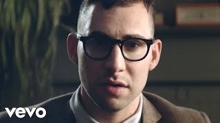 Смотреть клип Bleachers - I Wanna Get Better