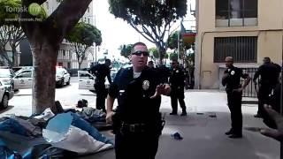 Полицейские Лос-Анджелеса застрелили черного бездомного посреди улицы 01.03.2015