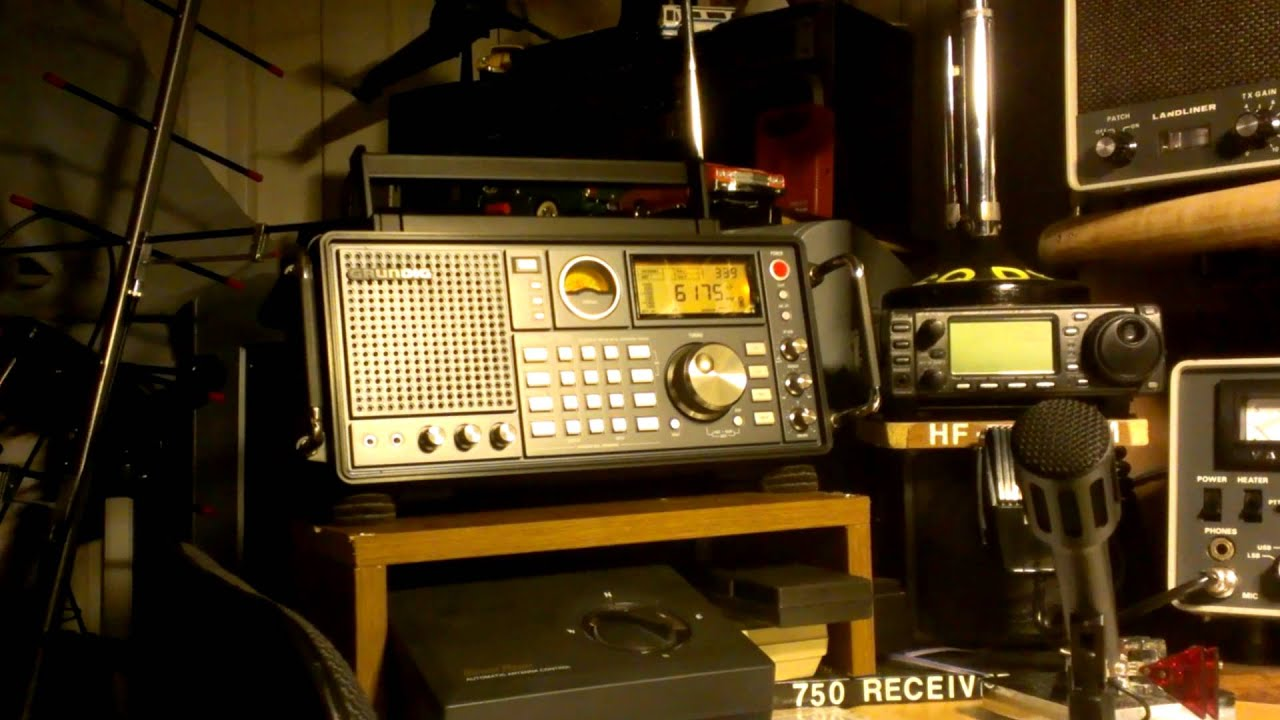 Icom R71a Vs Grundig Satellite 750 Youtube