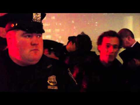 (4/4) #OWS Activists lock out Sotheby's