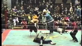 FMW - Mitsuhiro Matsunaga, WING Kanemura & Hido Vs Hayabusa, Masato Tanaka & Koji Nakagawa (1-10-96)