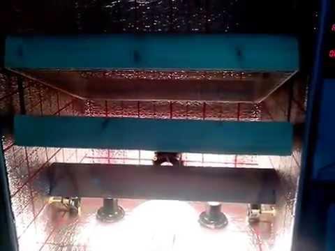Бытовой инкубатор Лелека с автоматическим переворотом яиц - YouTube