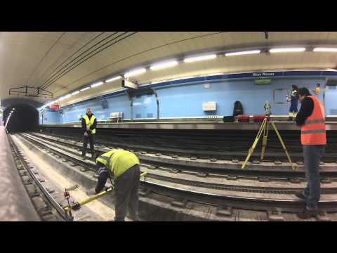 Surveying improvement works in Madrid´s subway train
