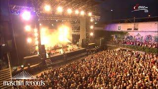 Bilderbuch - Schick Schock (Live @ Arena Open Air Wien 2015)