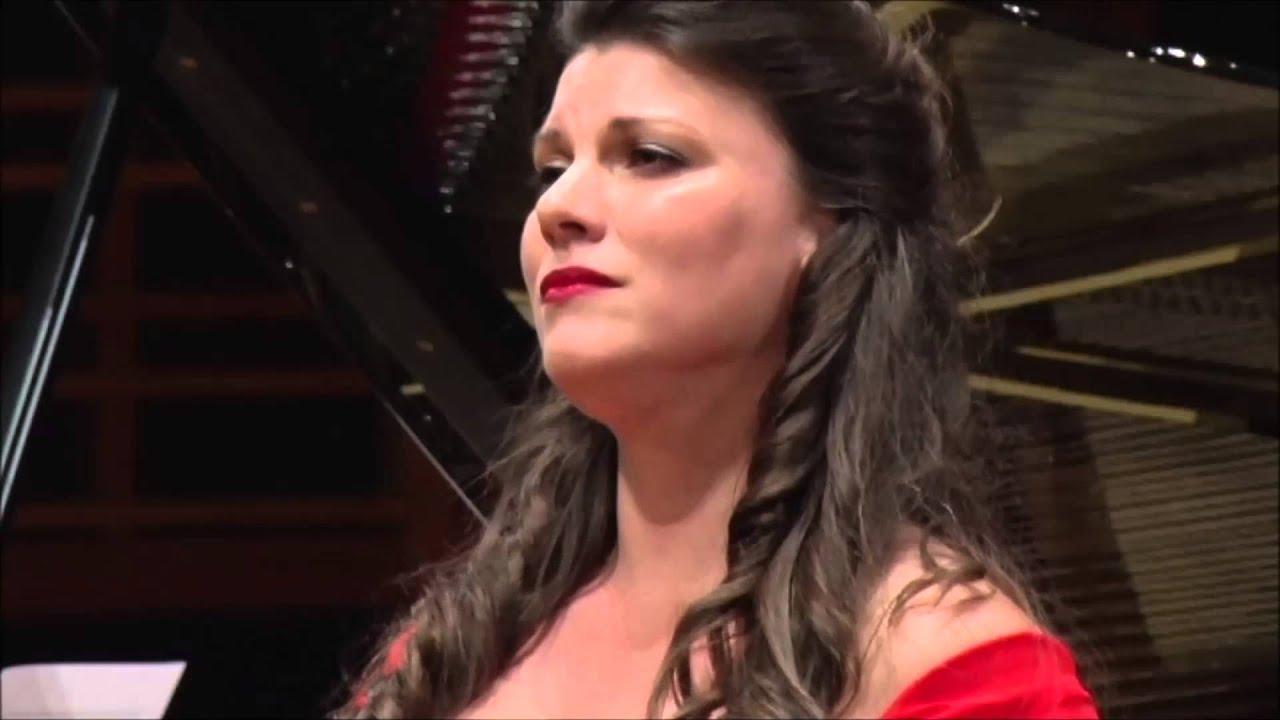 Justine Viani...Casta Diva ...Elizabeth Connell Prize 2014