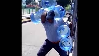 видео Доставка воды Аква Премиум