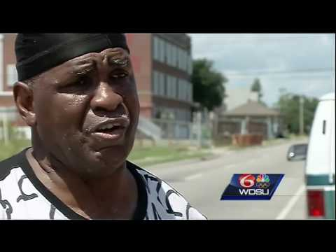 Loved ones react after two brothers shot to death in Seventh Ward
