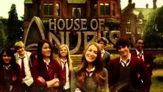 El Misterio de Anubis Primera Temporada Trailer 2