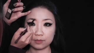Super Dramatic Eyeline Makeup Thumbnail