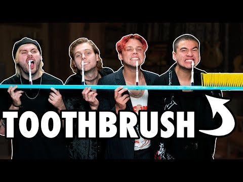 Frito - 5SOS Attempt To Brush Their Teeth At The Same Time