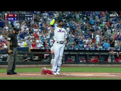 PHI@NYM: Reyes knocks a solo dinger into left-center