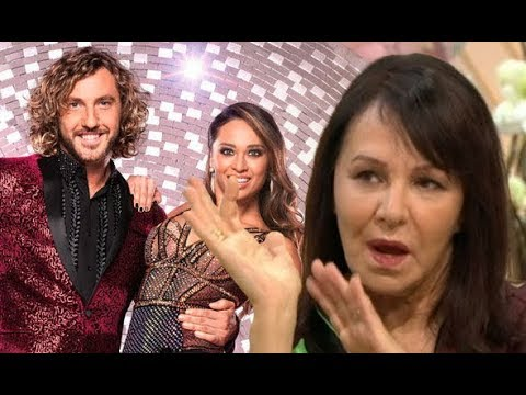 katya-and-seann-kiss:-'they-know-there-are-cameras-everywhere'-arlene-phillips-slams-pair