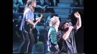 AC/DC - Rock'n'roll Ain't Noise Pollution - Melbourne, Feb12, 2001 (Malcolm with a Black Falcon DC )