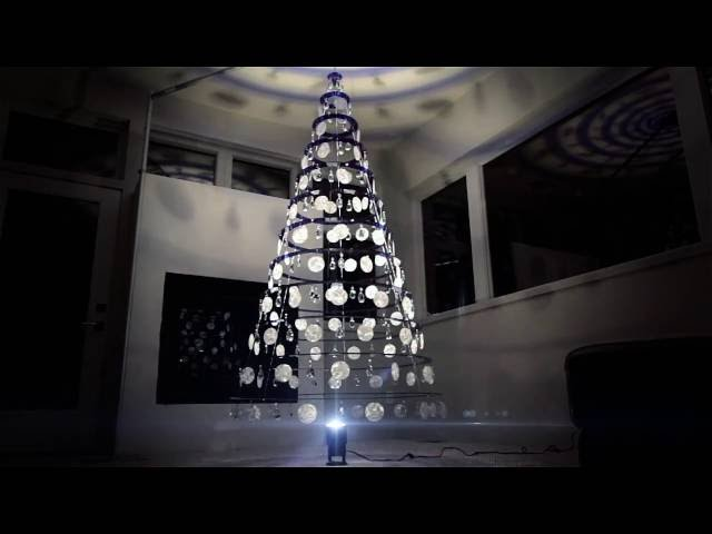 Shark Tank: Modern Christmas Tree Accepts $100,000 Offer from Barbara  Corcoran - Shark Tank: Modern Christmas Tree Accepts $100,000 Offer From
