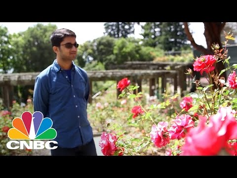 People See Color For The First Time With Glasses That Fix Colorblindness | CNBC