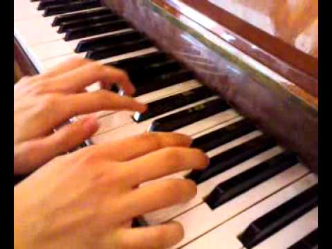 how to play the minecraft theme on piano