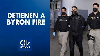 Cantante urbano Bayron Fire fue detenido en aeropuerto: Era buscando por robo con violencia