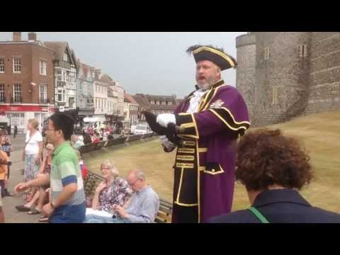 Windsor Town Crier Celebrates Birth of Royal Baby Boy