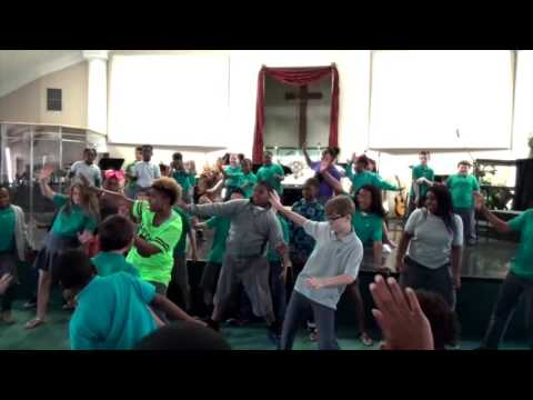 Bounce Fitness w/MoeJoe + Tangi Academy Lean and Dabb Danceout