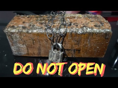 Opening a Real Cursed Dybbuk Box (Gone Wrong) 3AM Very Scary