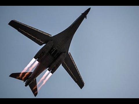"""Бомбардировщики ВВС США B - 1B """"Lancer"""" """"по братски"""" пролетели над Украиной"""