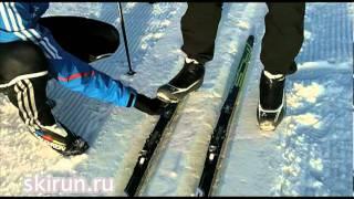 Беговые лыжи для начинающих. Техника классики(http://skirun.ru/2011/12/28/ski-classic-technique-first-steps/ Урок 1 Техника классического хода на беговых лыжах. Первые шаги для начи..., 2011-12-27T20:54:30.000Z)