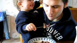 Training Your child to eat with a  spoon
