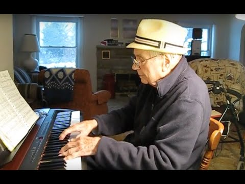 Reddit Convinces ADORABLE Elderly Man To Play More Music  | What's Trending Now