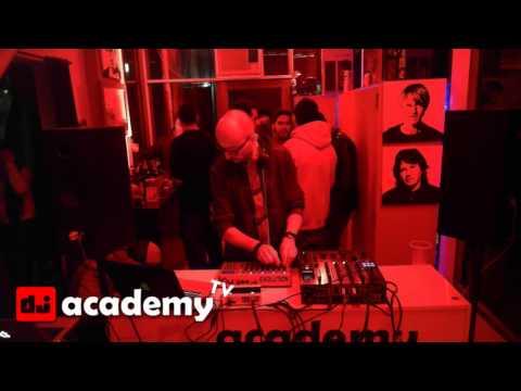 Andrea Cassino @ Dj Academy Castelar TV no.04 (26/9/14)