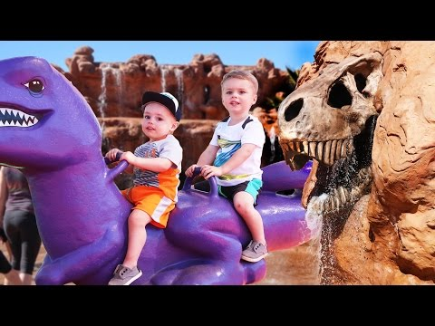 GIANT LIFE SIZE DINOSAUR OUTDOOR PLAYGROUND FOR KIDS!