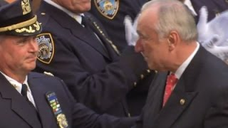 NYPD's Bratton Departs HQ For Final Time