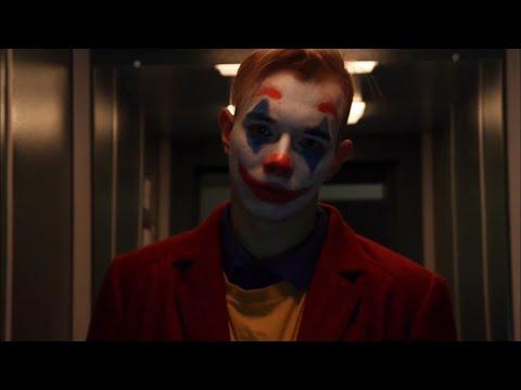 Танец Джокера на лестнице Joker Dance