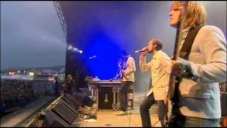 KASABIAN - cutt off (Glastonbury 2005)