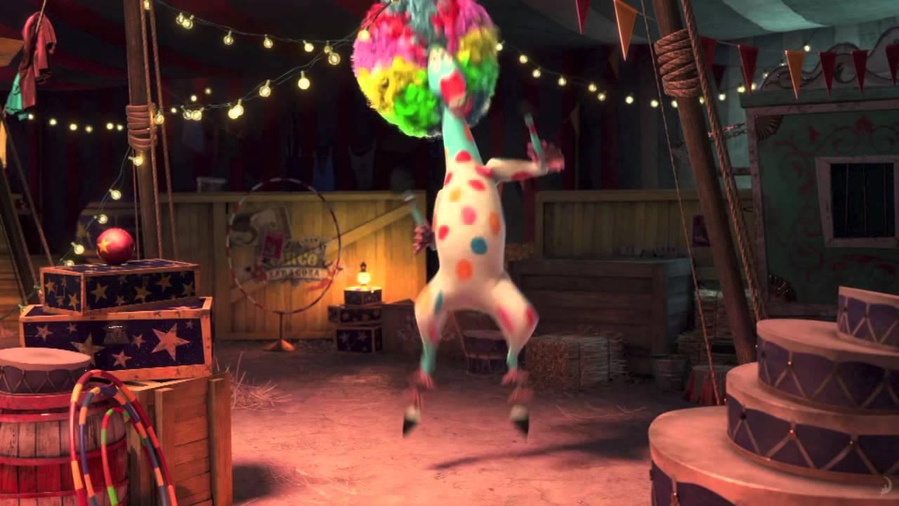 """Madagascar 3: Europe's Most Wanted """"Duh-duh-duh Circus"""