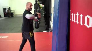 Repeat youtube video Boxing Tutorial : How to throw a proper Hook Punch