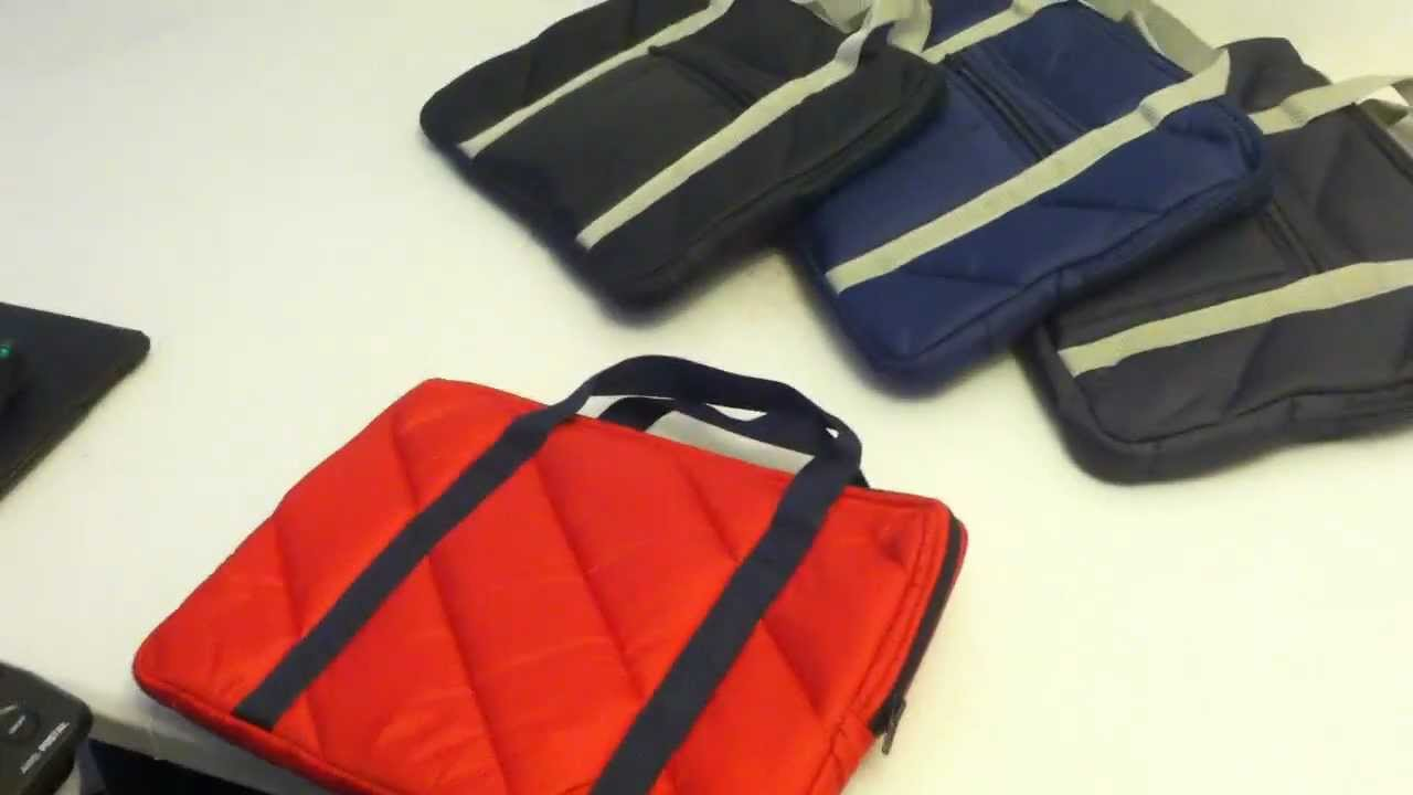 Review American Arel 14 Quilted Laptop Bag